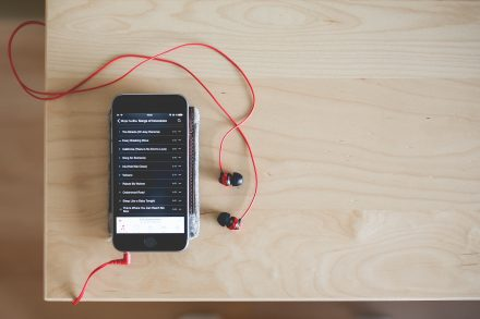 playing-music-with-red-earphones-picjumbo-com