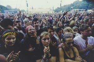 festival-1287720_1280